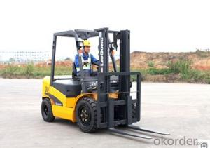 FORK LIFT CPCD35,Reliable Xinchai engine or optional ISUZU engine.