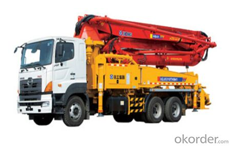 HB41 concrete pump adopts Hino FSIERV (6X4) three-axle chassis