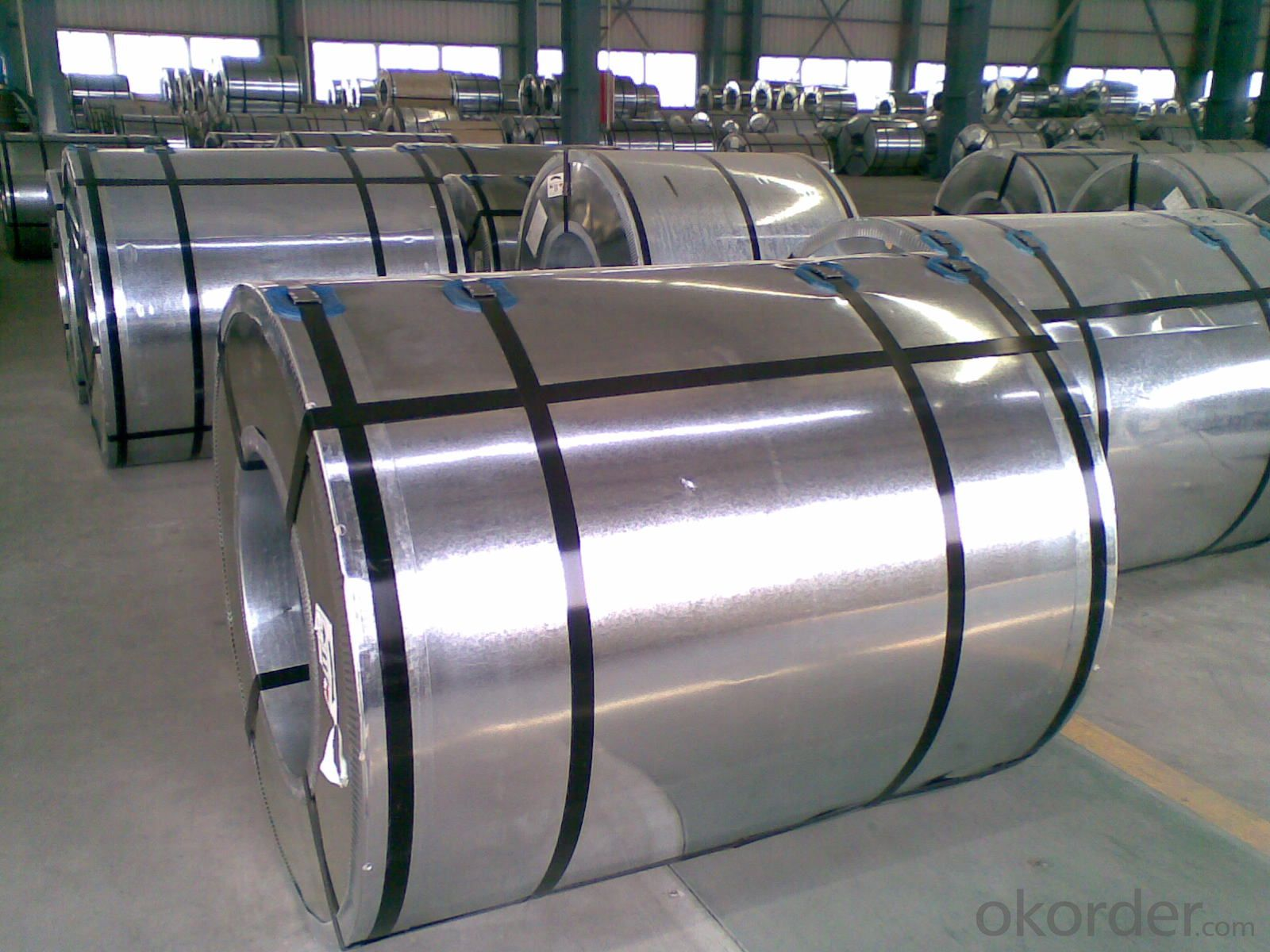 Pre-painted Galvanized Steel Coils-RAL9011-0.43mm*1200mm