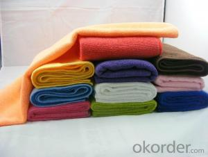 Microfiber cleaning towel with soft touch