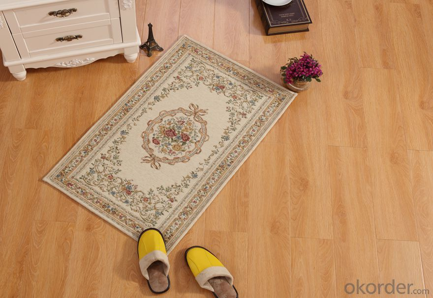 Machine Made Chenille Polyester Jacquard Floor Carpets and Rugs