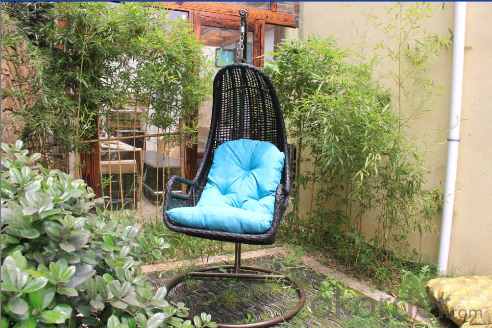 New Design White / Black Outdoor Garden Hanging Rattan Chair