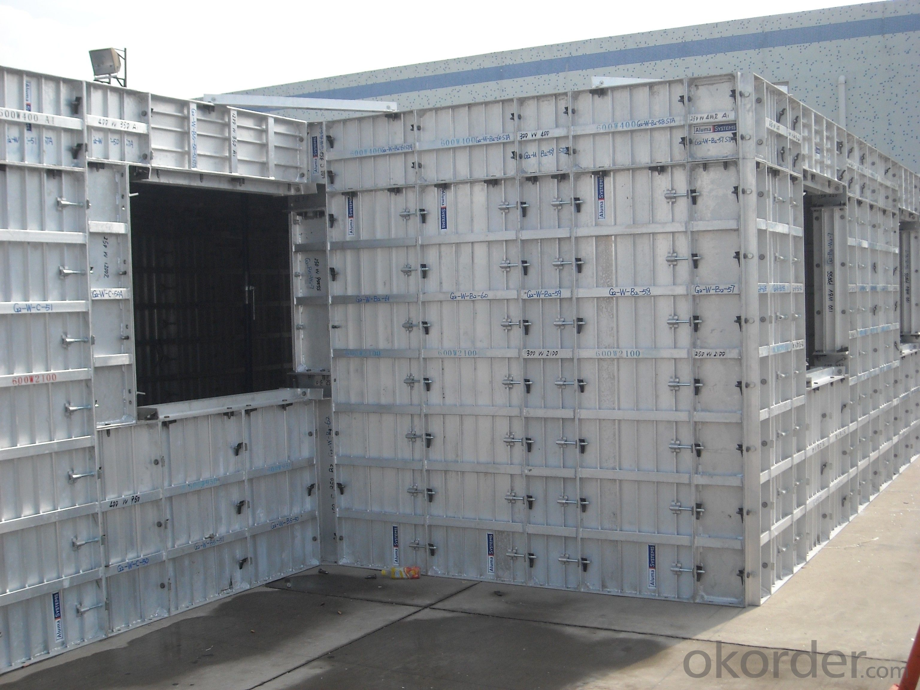 WHOLE ALUMINUM FORMWORK SYSTEM IN CHINA MARKET BUILDING CONSTRUCTION