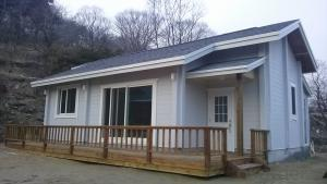 Economic and easy to install modular house Villa Prefabricated House, Cheap prefabricated houses