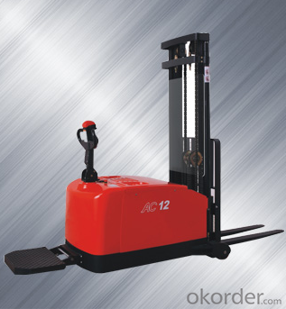 CDD12-910 / 1.2T Electric Pallet Stacker