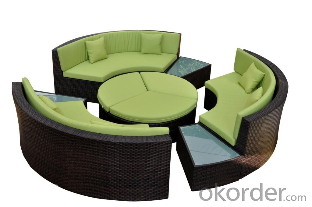 Patio Rattan Sofa for Outdoor use in Garden Wicker