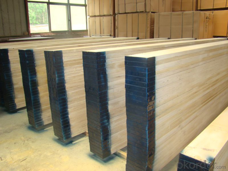 Pine Scaffolding Plank with steel cap of both ends for  construction