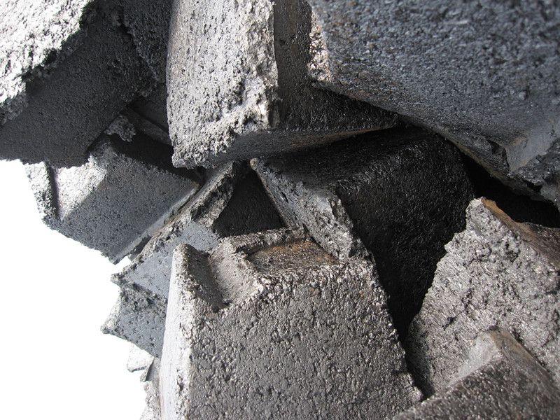 Low Ash Carbon Electrode Paste -With Ash4-9