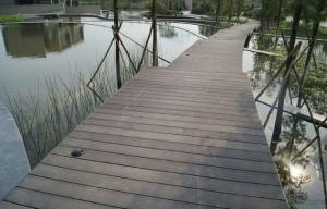 Timber Decking / laminated Wooden Floorings/Out Decking