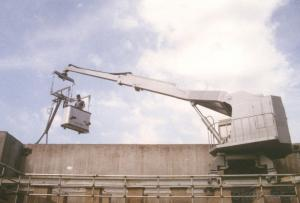 Highly Automated CDGB Swing Arm Rail Mounted Window Cleaning Platform