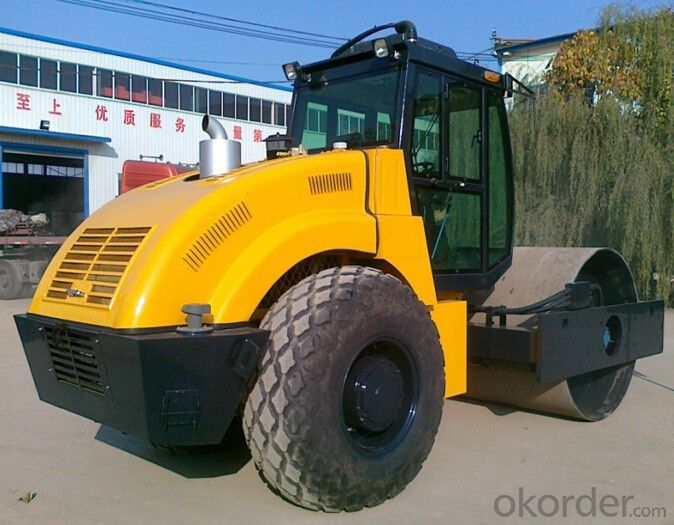 Hydraulic Single Drum Vibratory Road Roller, 14 Ton Road Roller