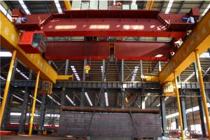 China Professional Manufacturing 5-500t Overhead Crane with Hook (QD Model)