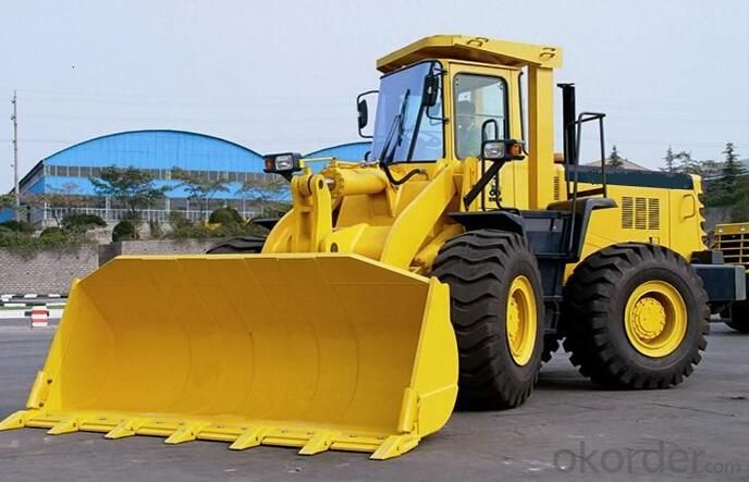 Wheel loader with bucket capacity  of 3.5m3 model number CLG856
