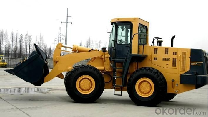 Wheel loader with bucket capacity  of 2.3 m3