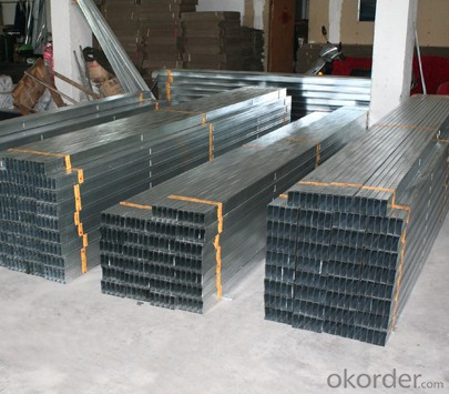 CE  Approved  Steel  Tracks For Installing The Steel Stud