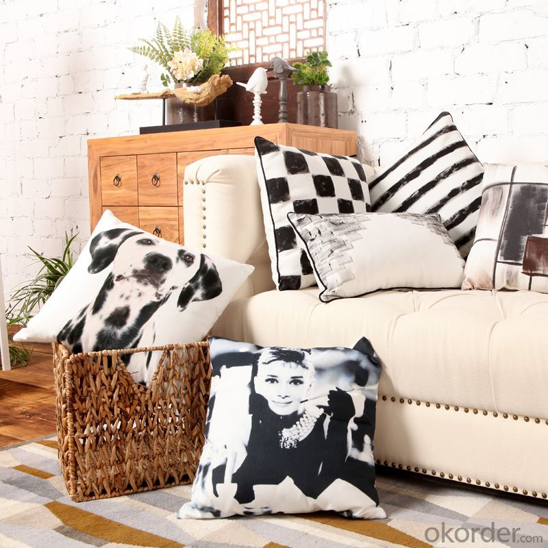 Comfortable Pillow Cushion with Customed Design and Size for Decoration
