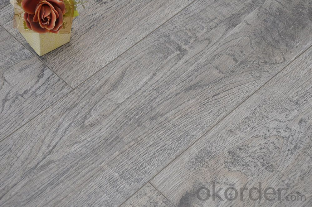 Laminate Flooring 8mm Export to Europe HDF Material