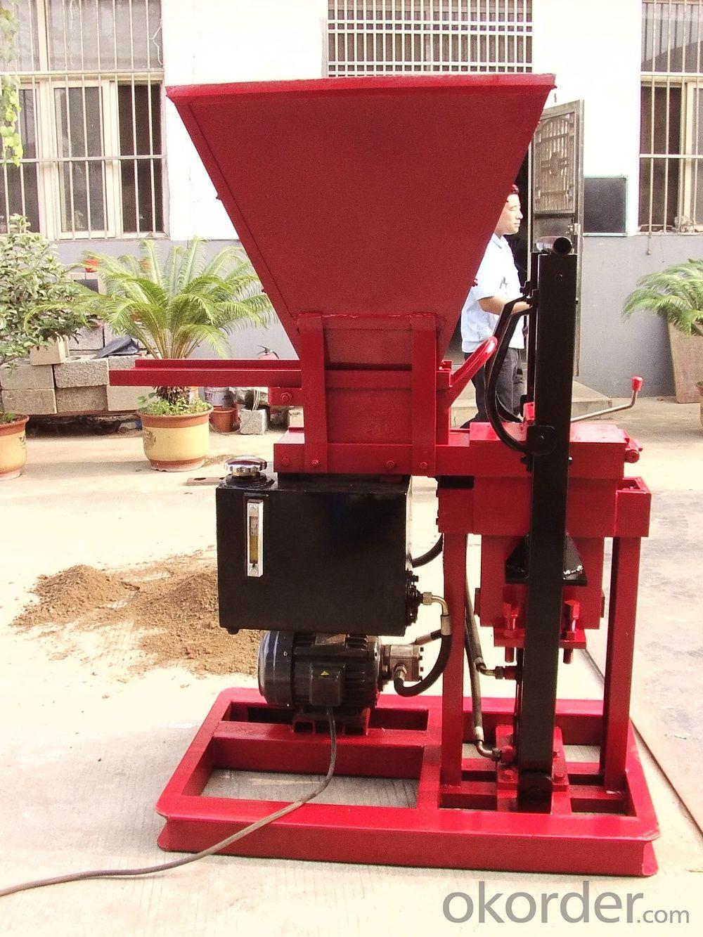 SL1-25 Hydraulic Semi-Automatic Brick Making Machine Using Soil /Clay  Material
