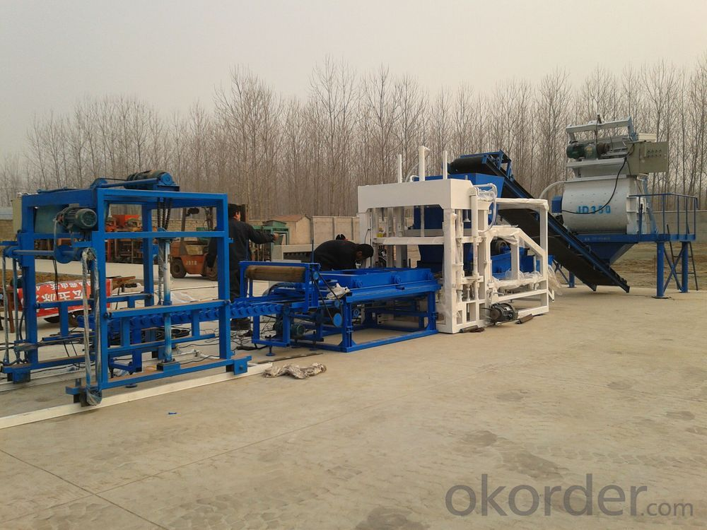Brick Molding Machine ,Hydraulic Pressure Brick Making Machine China Manufacture QT4-18