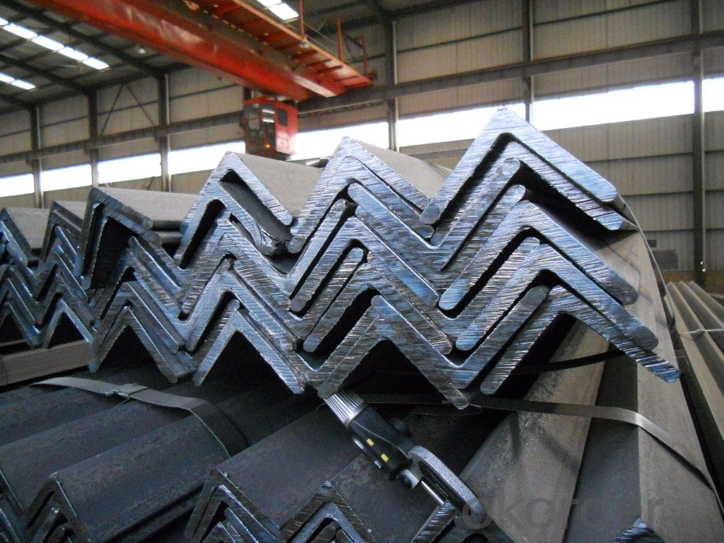 Hot Rolled Steel Angle Bar with High Quality 70*70mm