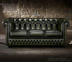Ellington Chesterfield Sofa Used in Living Room