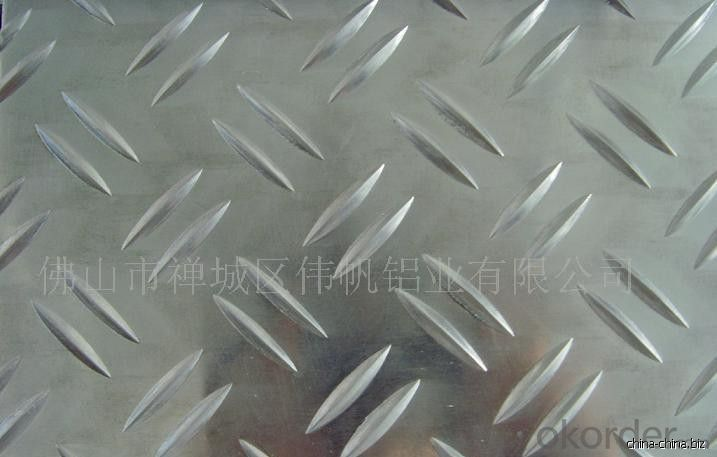 Embossed Aluminum Tread Plate Using in Bus