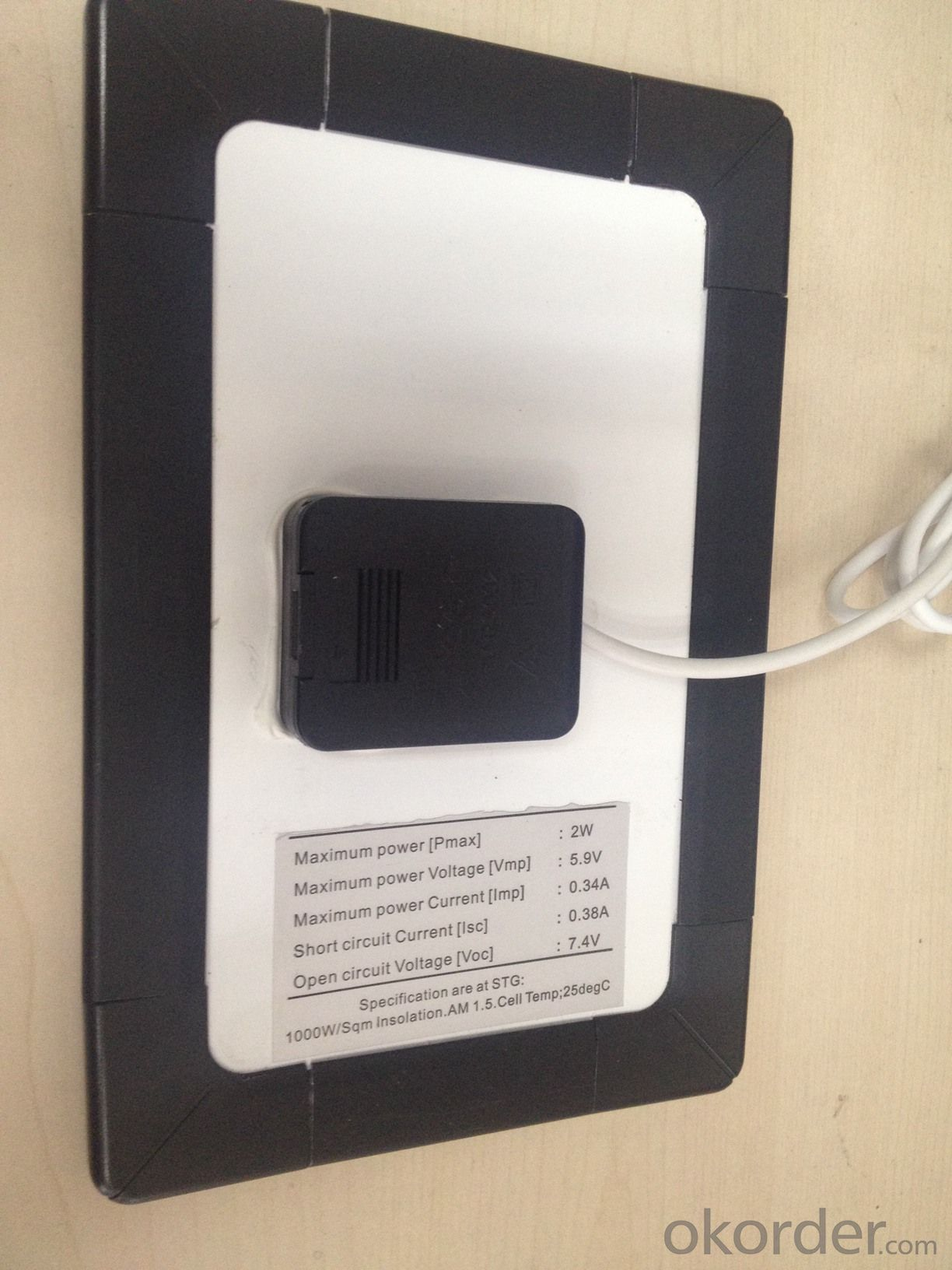 CNBM SOLAR-SOLAR MOBILE CHARGER-USED TO CHARGER FOR CELLPHONE-CONVENIENTLY CARRY