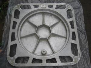 Manhole Cover EN124 GGG40 Ductule Iron C250 Bitumen