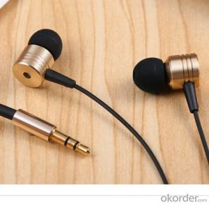 New Style Earphone Metal in Ear 3.5 Plus Headphone for Mobile Phone