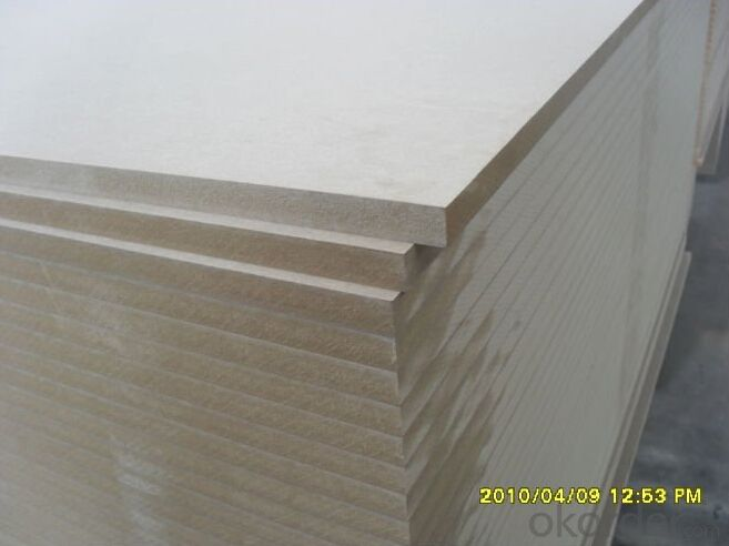 Raw MDF Board Light Color Size of 1220X2440X18MM