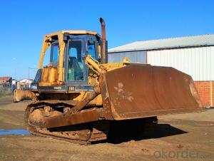 Crawler Bulldozer with Single Shank Ripper SD6g