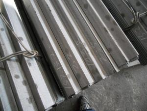 Hot Rolled Steel Equal Angle with High Quality