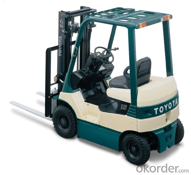 Diesel Forklift with Japanese Isuzu C240 Engine