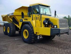 Dump Truck with Good Quality in China (QDZ3250ZH29)