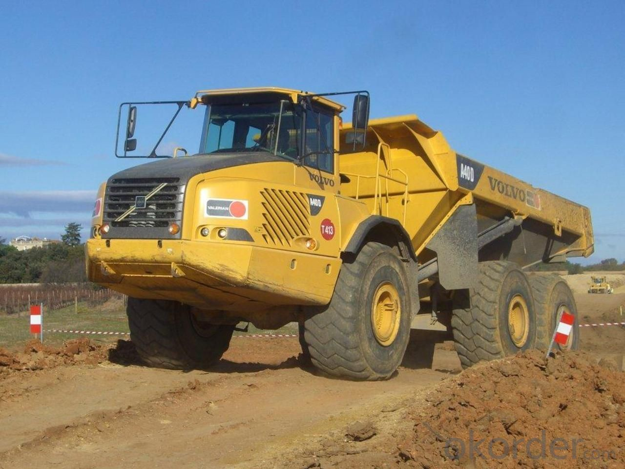 Dump Truck  6X4 25 Ton New Design U Type