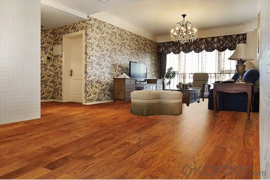 HDF Laminated Wooden Floor 8mm High Quality