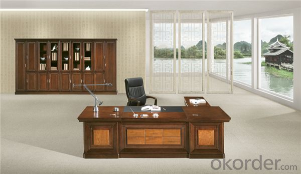 Vaneer Commercial Executive Desk with Environmental Material