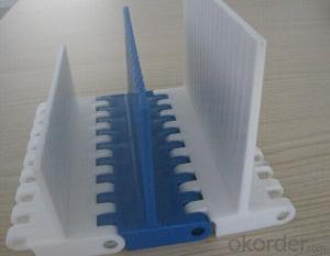 Plastic Modular Conveyor Belt with Barrier/Flight for Food Industry