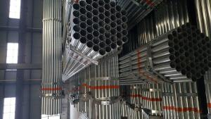 Galvanized welded steel pipe for construction machinery