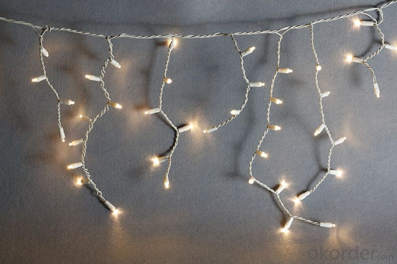 LED Curtain Light String with 100 Lights 20 drops for Decoration.
