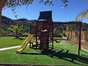 Kindergarten Synthetic Grass Nature Looks Turf with Soft Touch