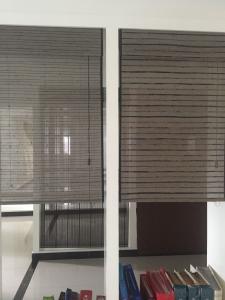 Remote Control Sunscreen  Motorized  Sun Window Patio Blinds