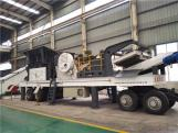 Mobile crusher station, moving crushing plant with tire