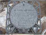 Ductile Iron Manhole Cover with Square or Round Style