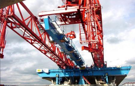 Segment Bridge Construction Launching Gantry Crane 1000 Ton  CNBM