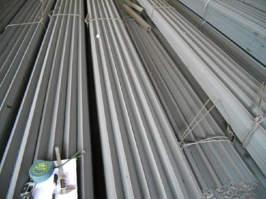 Hot Rolled Equal Angle Steel with High Quality