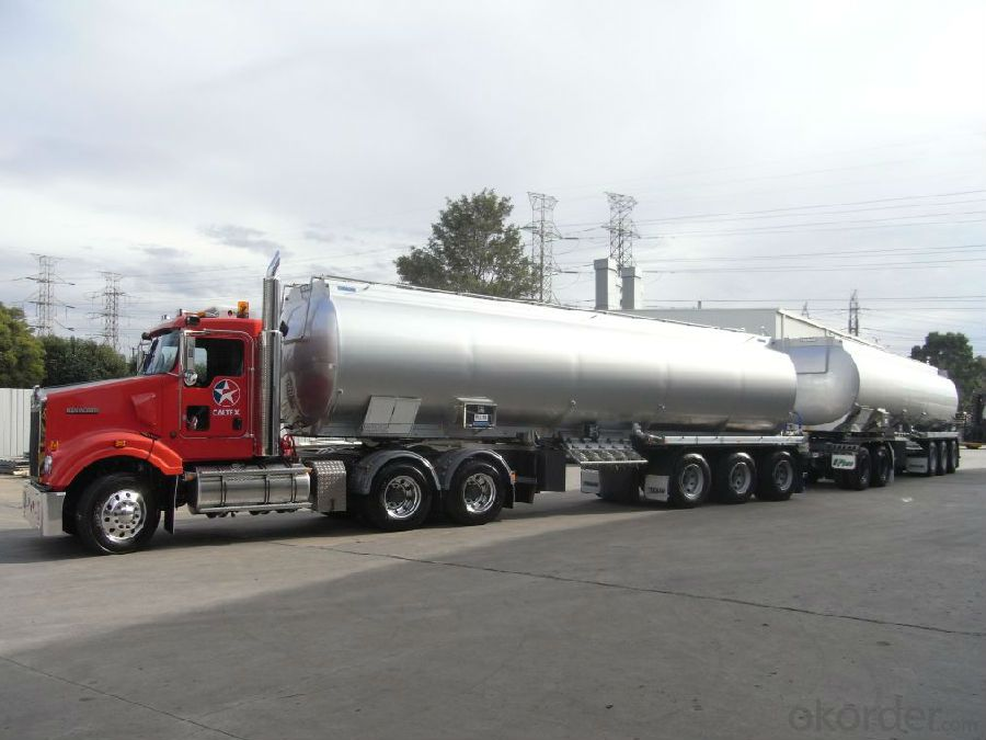 Fuel Tank Truck Heavy Duty 3-Axle  6X4 Fuel Tank Trailer Truck