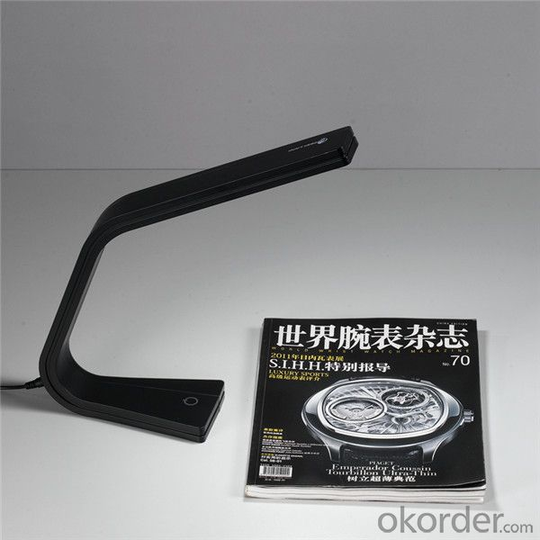 Flexiable Led Desk Lamp with USB for Book Reading