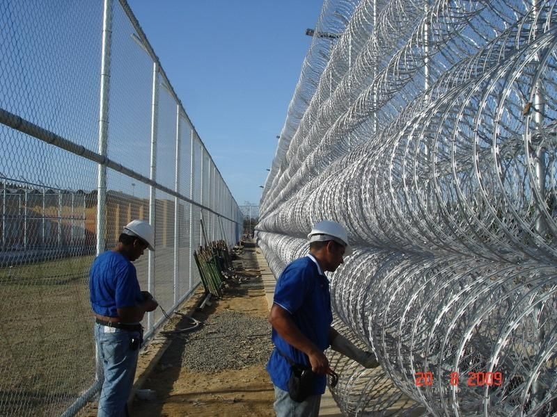 Climb-proof Razor Barbed Wire for Airport