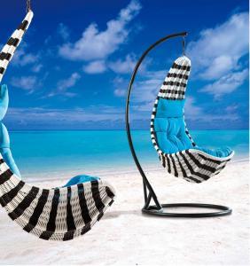 Steel Rattan Hanging Chair HC010
